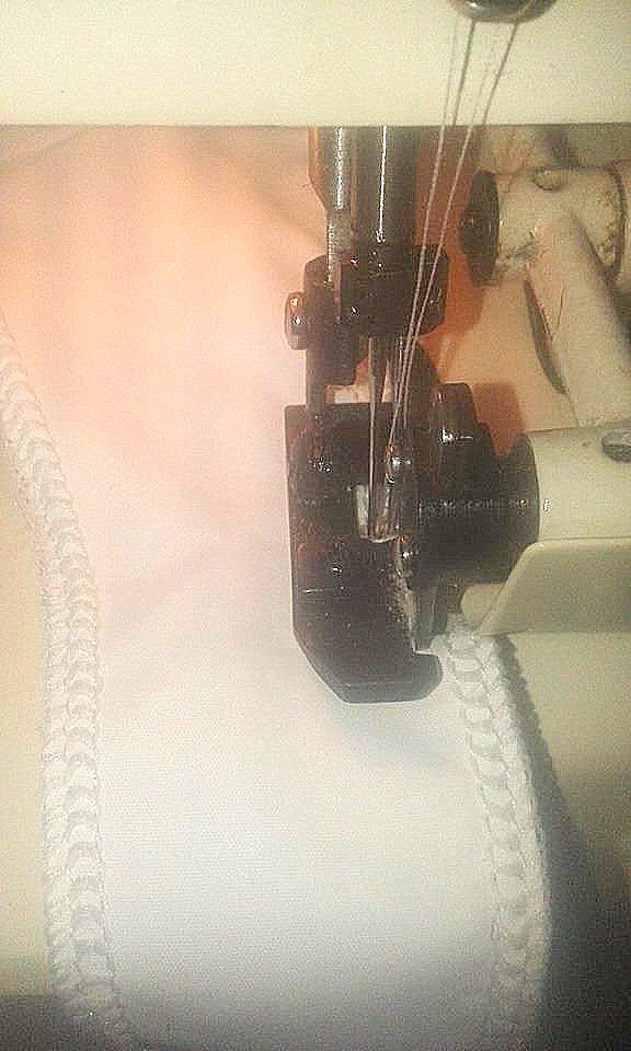 Problemas con la costura de la máquina overlock FN2-4 y sus posibles soluciones