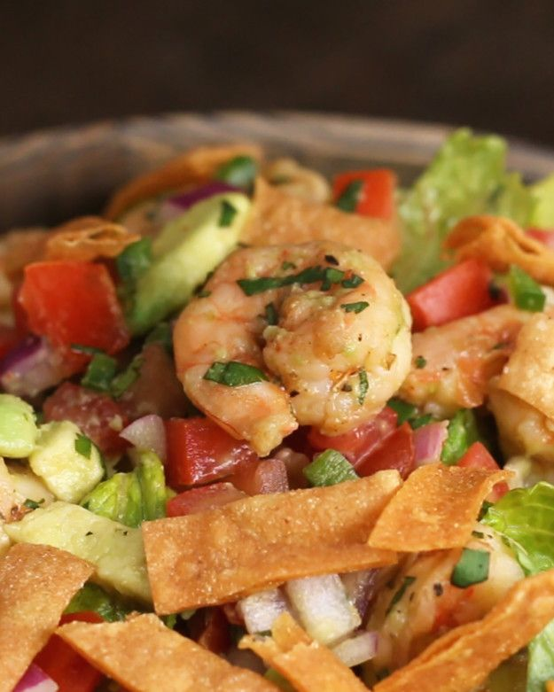 Shrimp and Avocado Taco Salad | This Shrimp And Avocado Taco Salad Is Delicious And Low-Carb  There's a nice video showing how to make it.