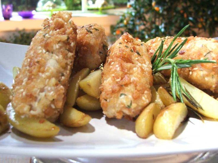 Bocconcini di nasello fritto con patate: la ricetta perfetta per i bambini. Parola di Monica Bianchessi