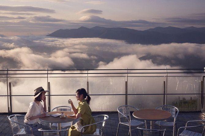 絶景!一度は行きたい「雲の上のカフェテラス」3選
