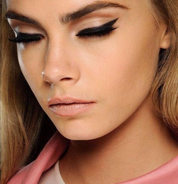 Natural and Bold Eyeliner