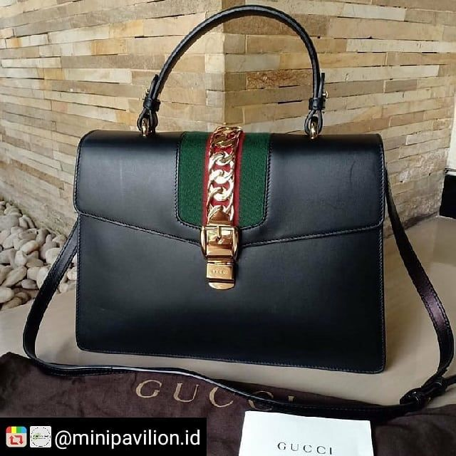 Gucci Sylvi Black With Booklet Db 31x21cm Jt Sell New