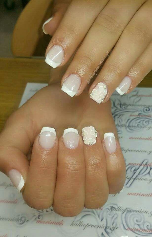 #nailart #nails #bridal #3dnailart #3dflowers #beunique #trusttheexperts #behindthechair #modernsalon #becausewecan #kalliopeveniou