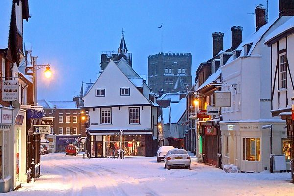 st albans market in the snow