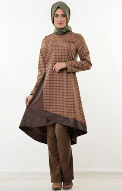 Model Baju Muslim Berlayer
