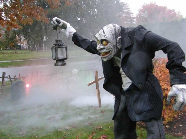 Best 25 diy outdoor halloween decorations ideas on pinterest 16 astounding diy outdoor halloween decorations that you must see solutioingenieria Gallery