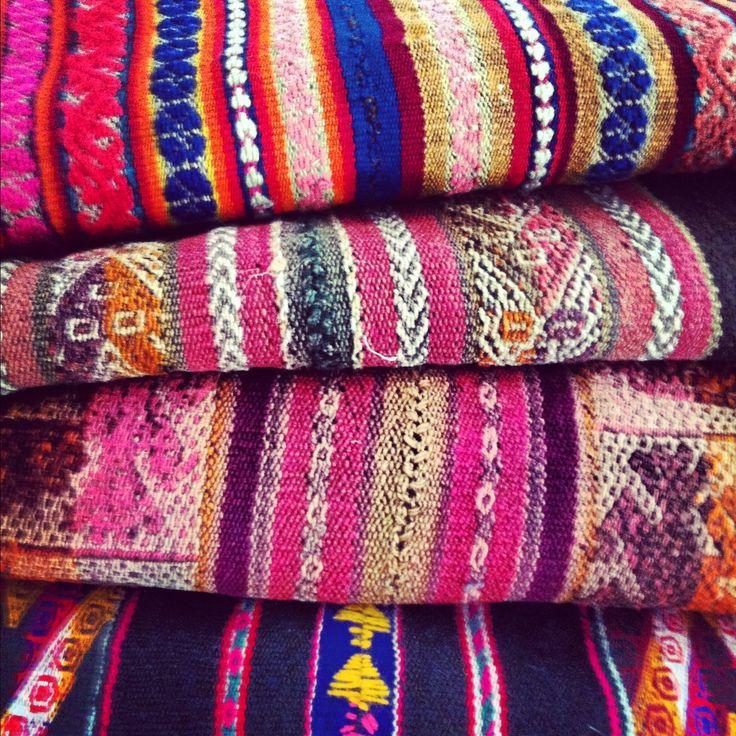 Aguayos, telas, llama, Chile, It Heritage aguayo boots