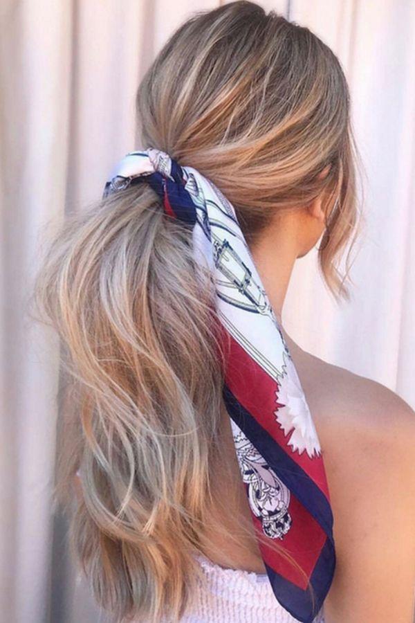 Coiffure  cet été le foulard se portera dans nos cheveux   Come with ... 295faaaf6b7