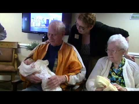 Alzheimer's Patients Express Love Through Cuddle Therapy | Alzheimer's Reading Room