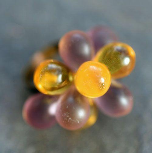 Fialovo-žlutý prstýnek