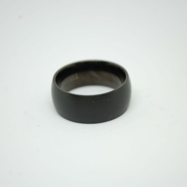 Купить Мужское кольцо из матового черного титана в интернет магазине аксессуаров OTOKODESIGN
