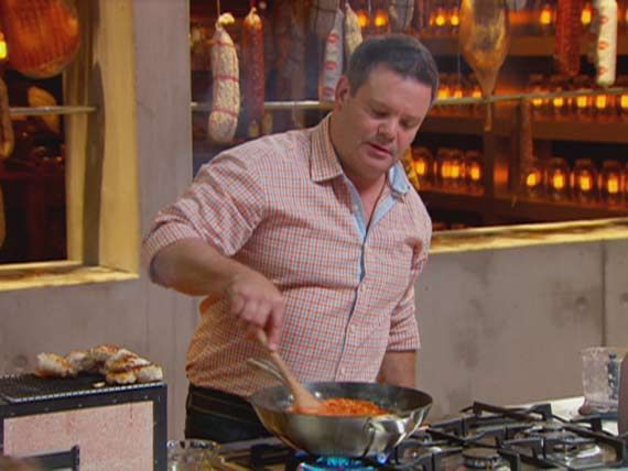 Gary spices up the MasterChef kitchen and shares his favourite chilli sauce recipes.