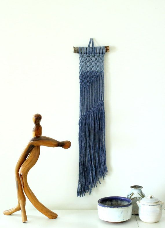 This macrame wall art was hand dyed , dip dye method. This modern macrame gives your room warm feeling, you can hang it in your badroom,living room or any other room.   Macrame width-15cm (6 inches ) Macrame length- 70cm (27 inches)