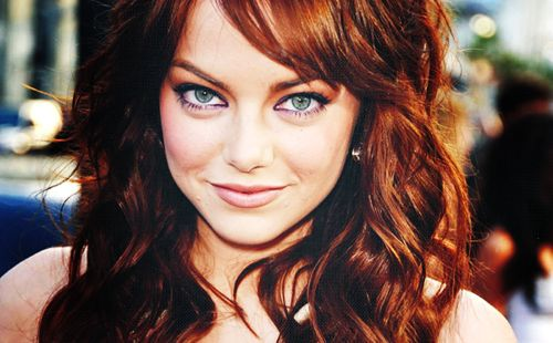 Emma Stone is so adorable. Her movies are great. want my hair to look exactly like this!