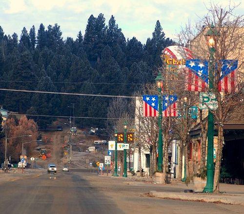Downtown Cascade.