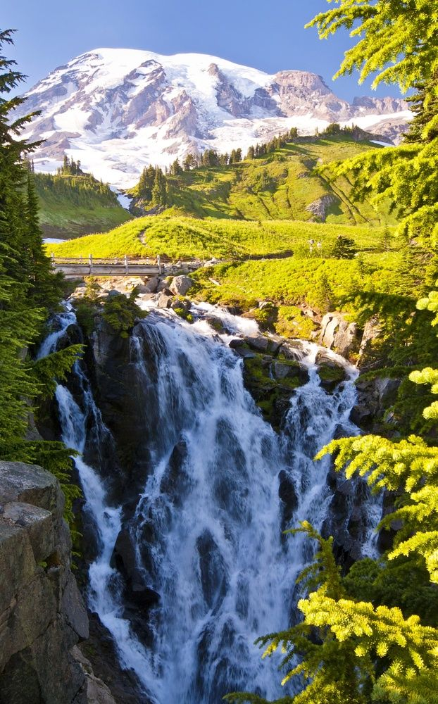 Myrtle Falls in Oregon.I want to go see this place one day.Please check out my website thanks. www.photopix.co.nz