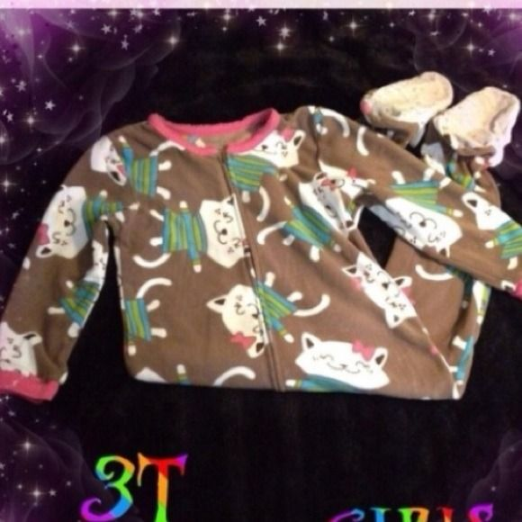 3 girls sleepwear 3 girls sleepwear See a bundle on my used items that you like? Have your own price in mind,? Make me a fair offer.#(F) Pajamas
