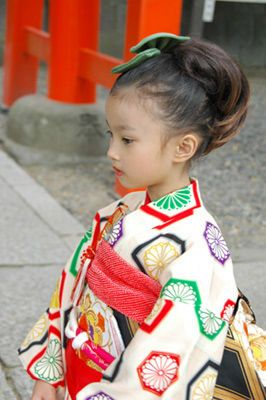 Shichigosan/ boy 5 years old/ girl 3 and 7 years old( November 15) Japan/ festival 七五三、速報!|AQUAのくらし++ベトナムから日本へ