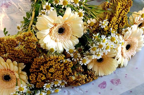 How to prepare a spring's bouquet, five minutes and less then 10$