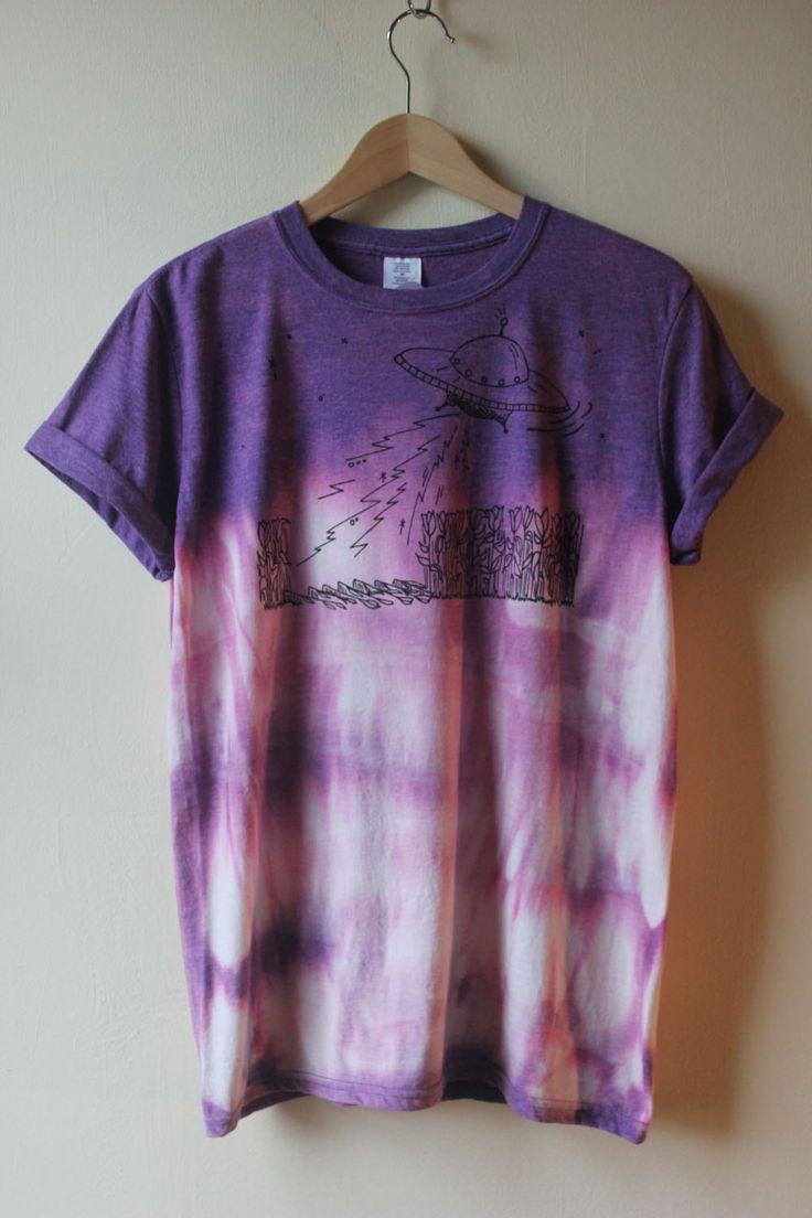 Tie Dye Screen Printed UFO design T-Shirt by NellysTreasuresUK on Etsy