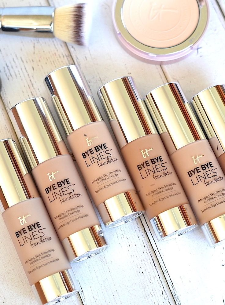 IT Cosmetics Bye Bye Lines Foundation Review And Swatches