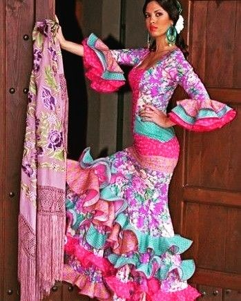 Cruces de mayo, patios, feria... ¿Te vienes a disfrutar con nosotros? Compra tu traje de gitana en #BeLoGui 💖💚💙   #felizlunes 😘  Descárgate la #app GRATIS 🔝www.belogui.com🔝y disfruta de toda la #modafemenina #modainfantil y #modamasculina a un sólo clic  #TuVestidorOnline #CuelateEnMiVestidor #segundamano #segundamanoespaña #MercadilloOnline #love #ropasegundamano #shoponline  #ventasonline #style #fashion #moda#flamenca
