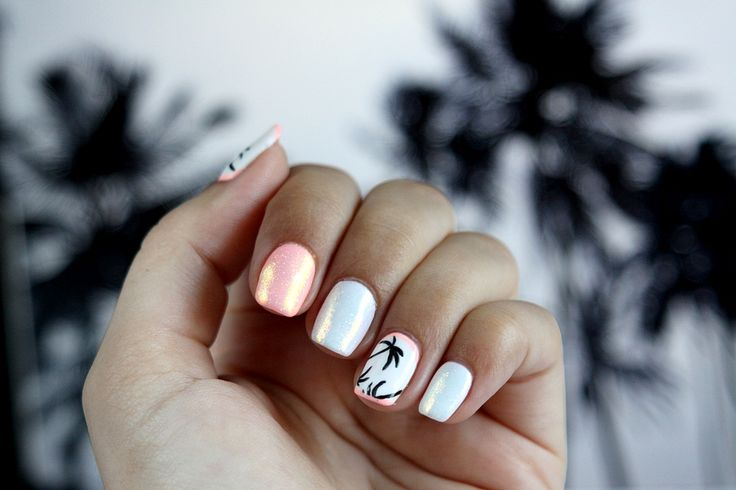 Semilac & Indigo: Palm Tree Nails with Marmaid Effect