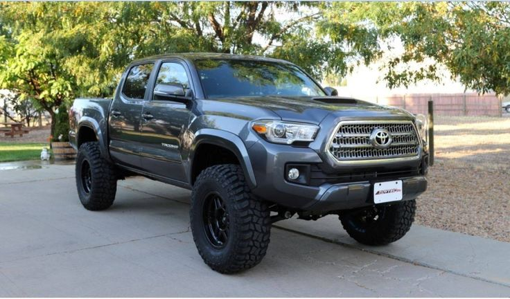 SPOTTED: 2016 Tacoma Trucks in the Wild! - Toyota Cruisers & Trucks Magazine | Land Cruiser, 4Runner, FJ Cruiser, Tacoma, Toyota Trucks