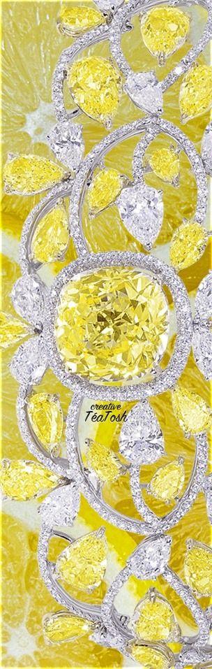 ❇Téa Tosh❇ Natural fancy intense yellow diamonds and white diamonds necklace