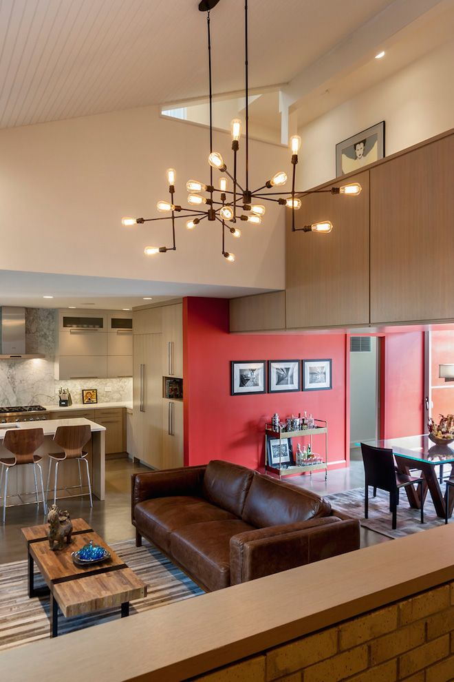 Extreme Makeover Revives Drab 1970s Chicago Home