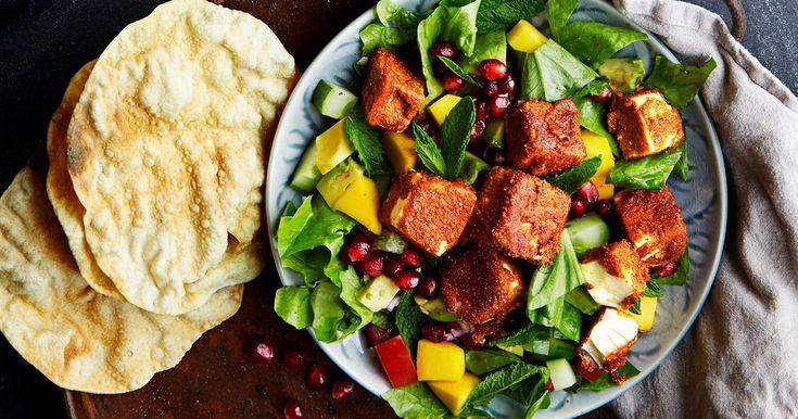 Indisk salat med krydret tofu og papadums   En oppskrift fra Santa Maria