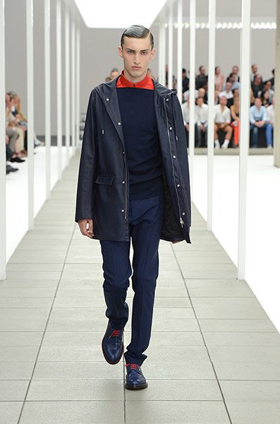 Dior Homme - like the square neckline and highlights of red: Spring Summer 2012, Fashion 2012, Mens Fashion, Dior Homme, Men'S Fashion, Paris Fashion Weeks