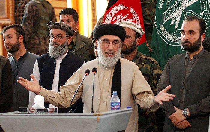 Sputnik Türkiye ///  Hikmetyar: Afganistan'daki savaş, yurtdışından finanse ediliyor