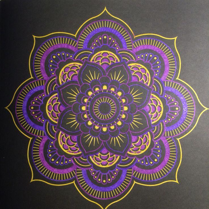 Gekleurd met gelpennen