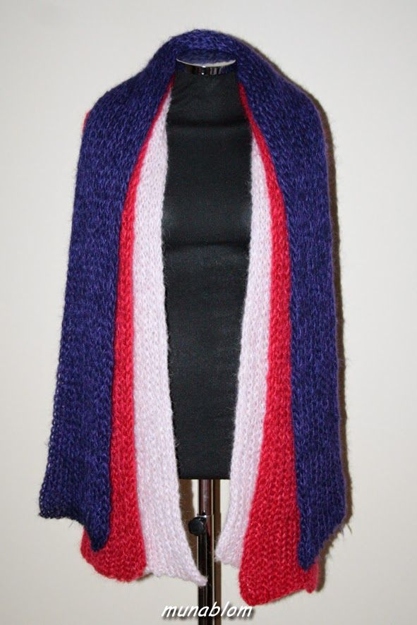 Antares: Sciarpe in mohaire tessute con telaio manuale.
