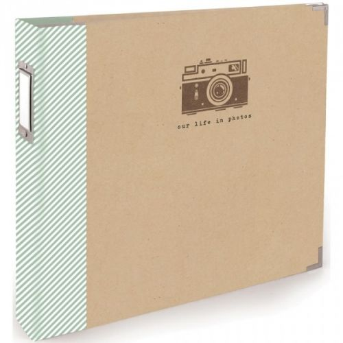 """TERESA COLLINS - SNAPSHOTS 30789-1 - 3-RING ALBUM ALBUM i 12x12 ring fra Teresa Collins. Albumet kommer med 10 x 12x12"""" Page protectors. WE R MEMORY KEEPERS-Teresa Collins Albums Made Easy 3 Ring Album: Snapshot. A great start to any scrapbooking project! This package contains one 12x12 inch 3-ring album with ten 12x12 inch clear protector sheets."""