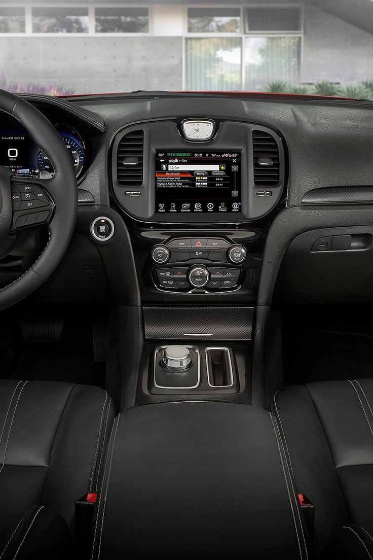 Chrysler 300 2015 s console