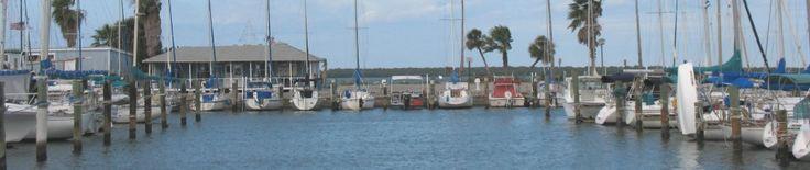 The Dunedin Boat Club meets at the Marina in downtown Dunedin. #dunedinfl #flgulfboating #tampabayboating
