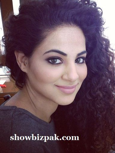 Annie Khalid says ex husband made her Murgha | Pakistan Showbiz