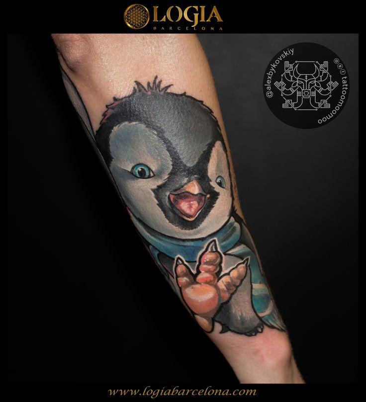 Φ Artist ALEX BYKOVSKIY Φ Info & Citas: (+34) 93 2506168 - Email: Info@logiabarcelona.com  #logiabarcelona #logiatattoo #tatuajes #tattoo #tattooink #tattoolife #tattoospain #tattooworld #tattoobarcelona #ink #arttattoo #artisttattoo #inked #instattoo #inktattoo #tattoocolor #dotwork #puntillismo #tattooart #tattooist #tattoolife #ink #inkaddict #realism #realismo #penguin #pinguino #cute
