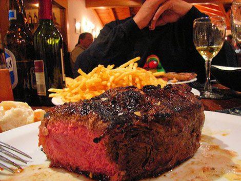 One of the 5 best cuts of beef in Argentina...all 5 are Bife de lomo (tenderloin); Entrana (skirt steak); Asado de tire (short ribs); Vacio (flank steak) and Bife de chorizo (sirloin/New York strip)