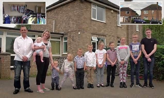 Parents with TEN children spend £1K-a-month on food, live in two three-bedroom homes and have so many clothes they use a room as a wardrobe - but they STILL want another baby Part-time cleaner Louise, 34, and stay-at-home dad Clive, 50, opened up about what it takes to keep their busy household running in last night's episode of Big Family Values: More Kids than Cash. They have to forgo family holidays in order to afford their ...
