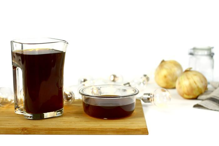 Crockpotting | Caldo de cebolla en crock pot | http://www.crockpotting.es #crockpot #slowcooker #crockpotting #slowcooking #recetas #caldos #cebolla #sopa