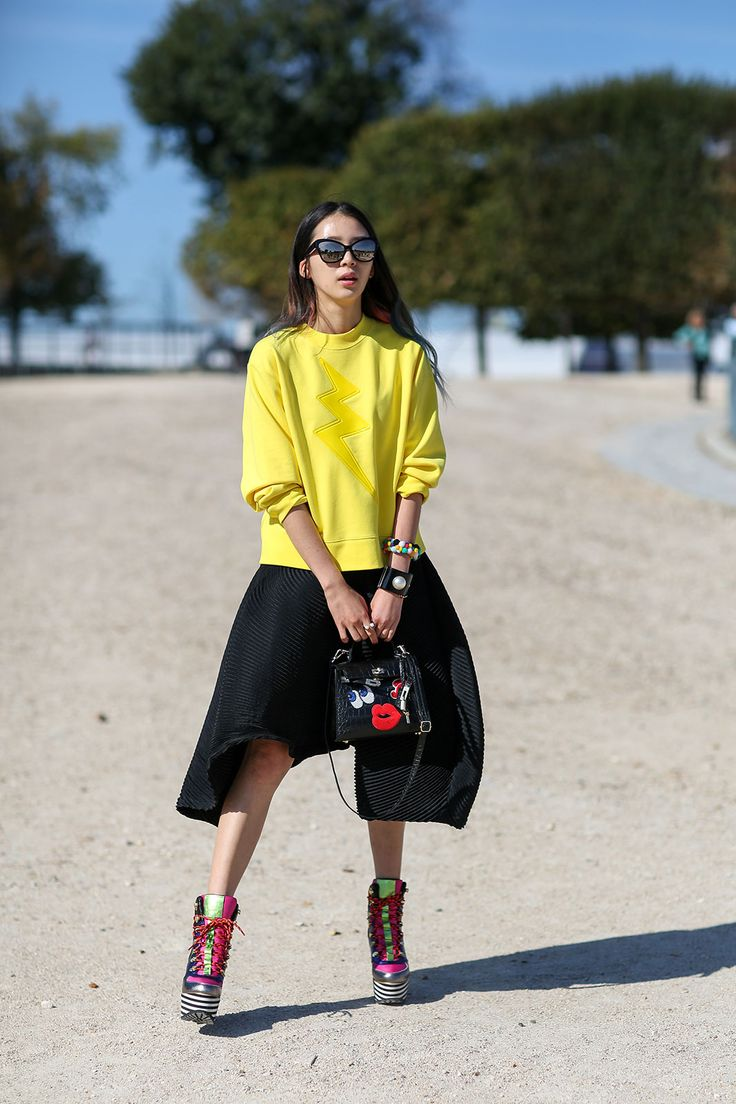 18 Best Images About Sweatshirts On Pinterest Fashion Weeks Spring Street Style And French Style