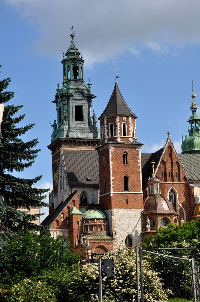 Women on the Go: Krakow for Solo Women Travelers