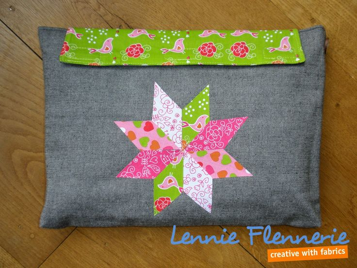 Quilten zonder naald en draad. Quilten without neelde and thread.  http://lennie-flennerie.blogspot.nl/2015/03/laptophoes-1-laptop-sleeve-1.html