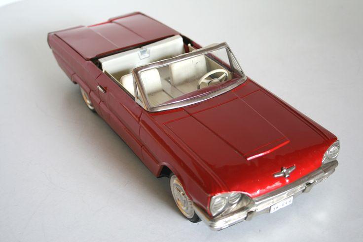 ICHIKO 60'S 15.25 INCHES JAPAN FRICTION VINTAGE TIN TOY CAR FORD THUNDERBIRD 1964
