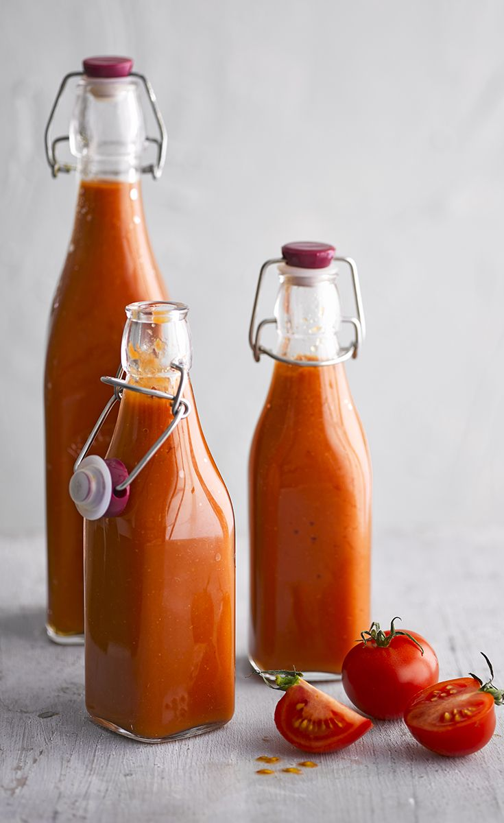 Try making your own tomato ketchup with our simple recipe and enjoy with a tasty bacon sandwich!