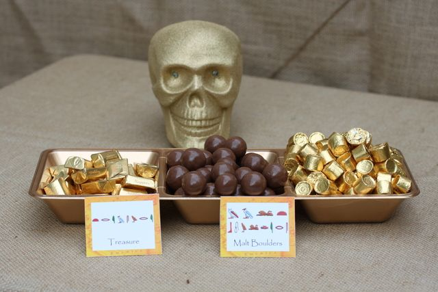 Indiana jones archaeology party birthday party ideas - Indiana jones party decorations ...