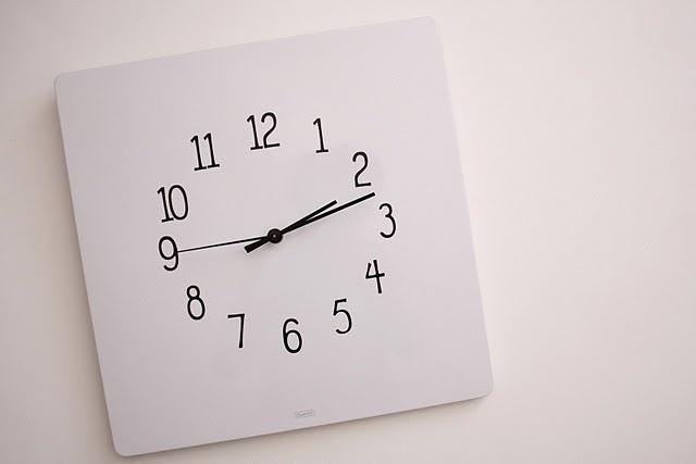 DIY magnetic dry/erase clock: Diy Clocks, Dry Era Clocks, Erase Clocks, Diy Dry, Wall Clocks, Dryera Clocks, Dry Erase, Clocks Tutorials, Diy Combinations